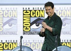 """Tom Cruise visitó la Comic Con de San Diego para presentar el primer tráiler del regreso de """"Top Gun""""…"""